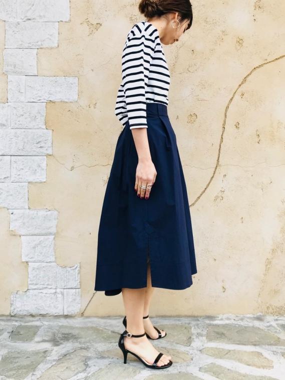 SELECT (セレクト) フロントタックサイドスリットスカート