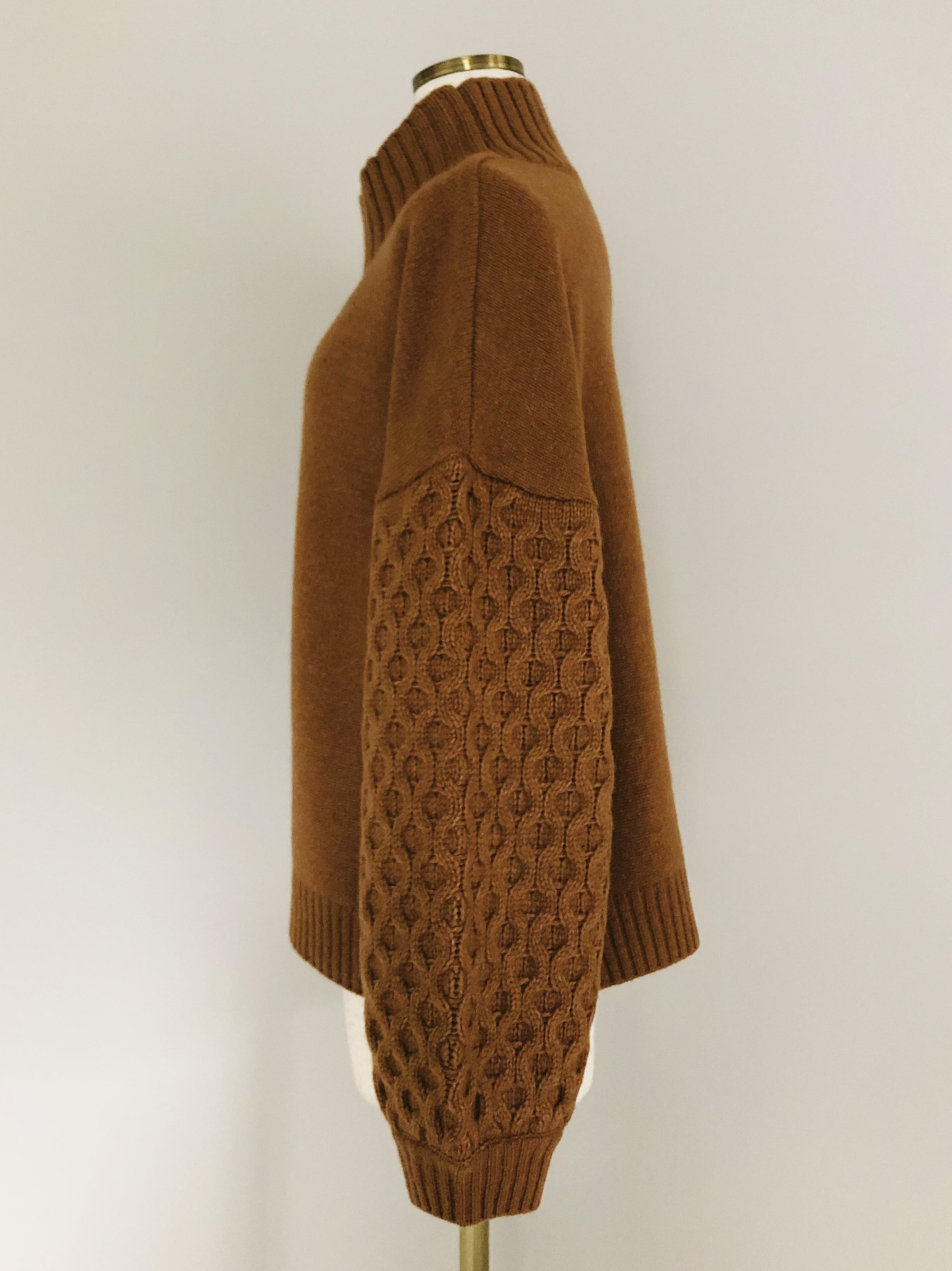 袖部分バルーン・ケーブル編み