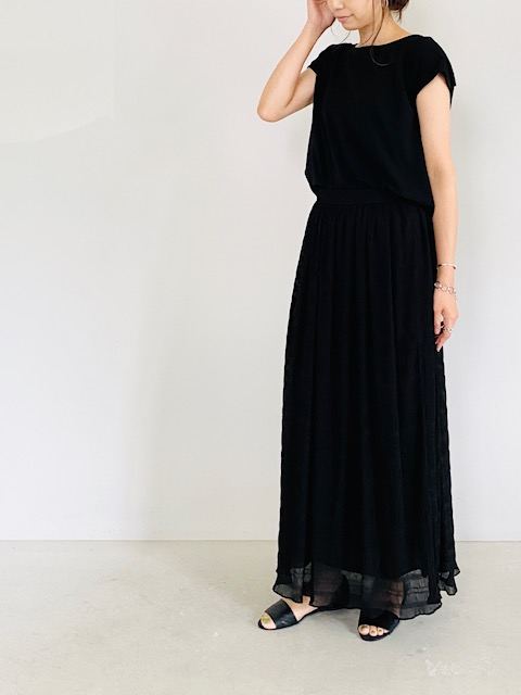 SELECT(セレクト)  シャーリング加工ロングスカート