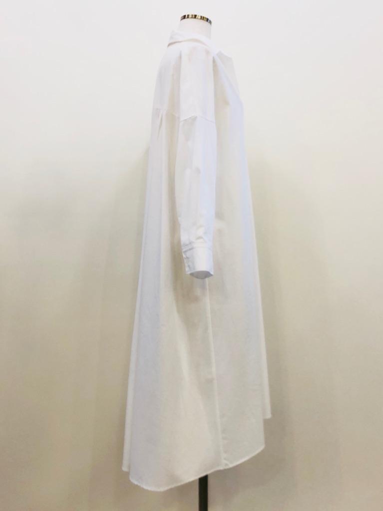 裾の長さフロント・バック最長20cm差あり
