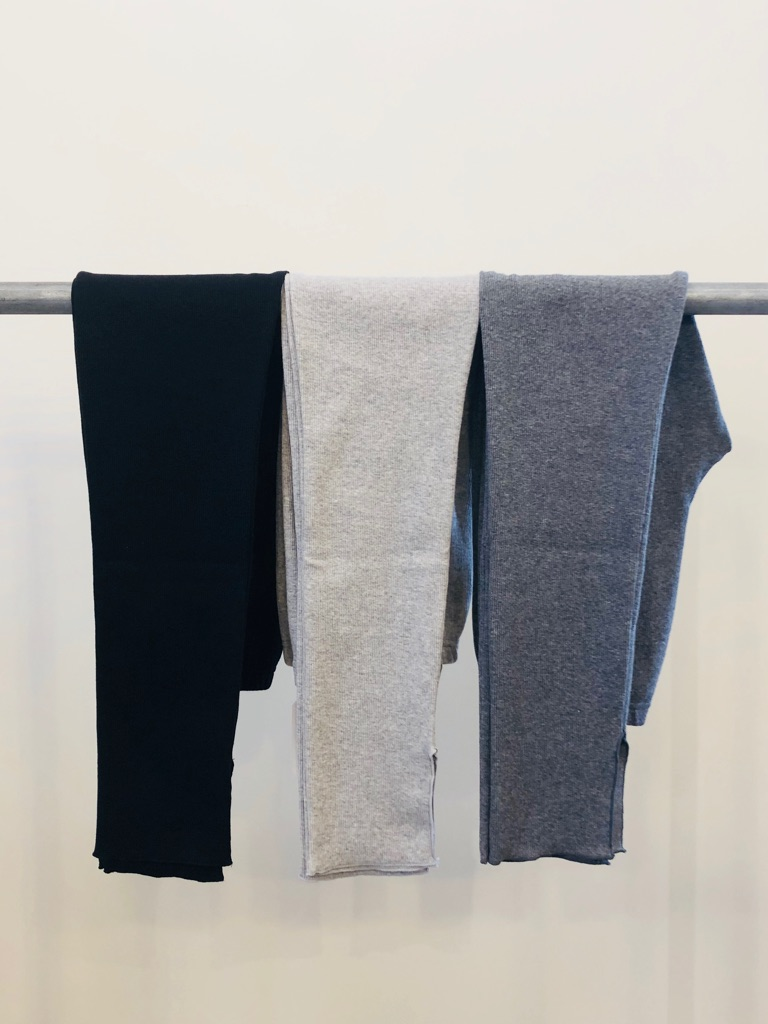 左から COLOR:ブラック、ヘザーグレー、チャコールグレー