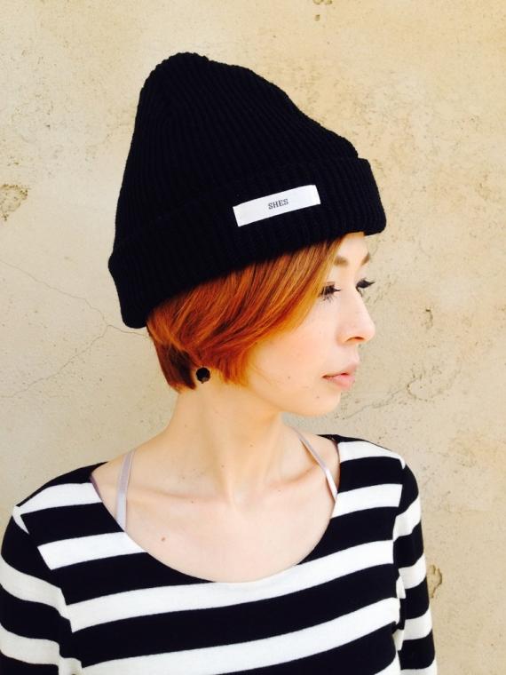 SHES(シーズ)  ニット帽