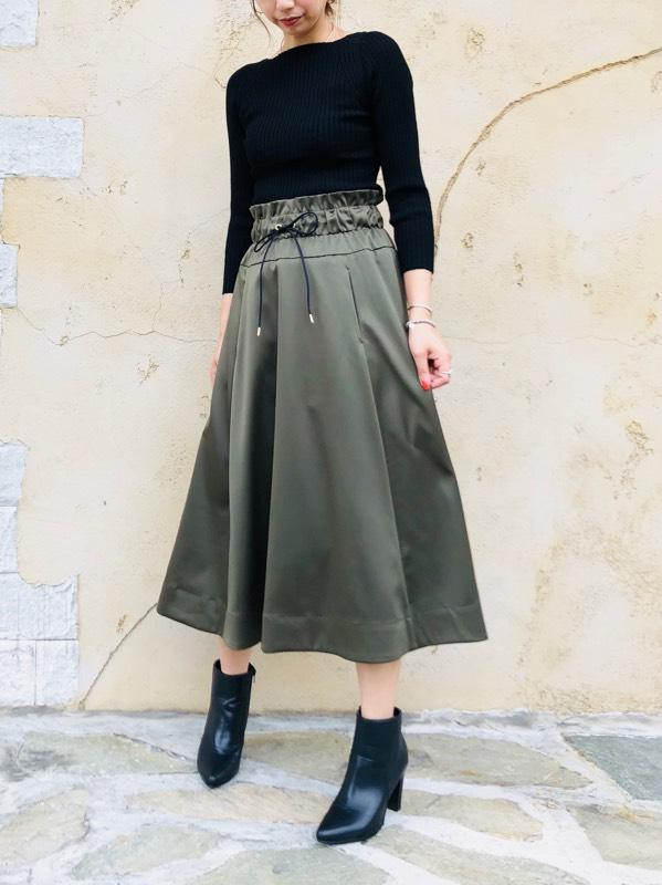 TROIS(トロワ)  ウエストギャザーリボンフレアースカート