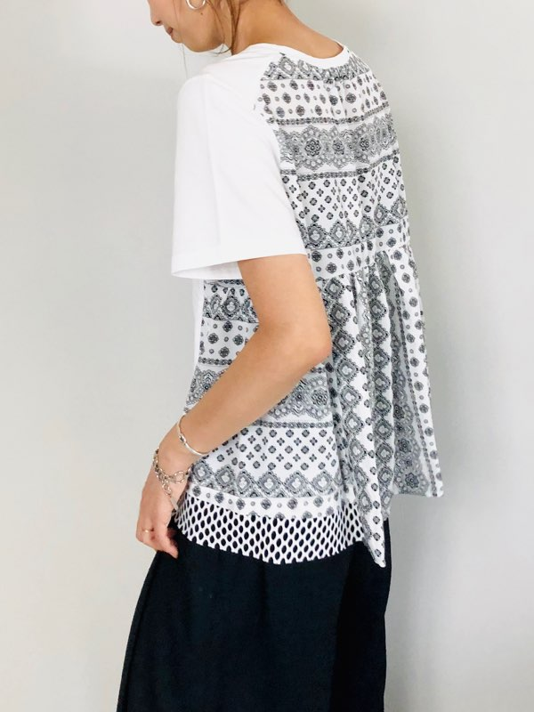 TROIS(トロワ)   デシンプリントバック切り替えTシャツ