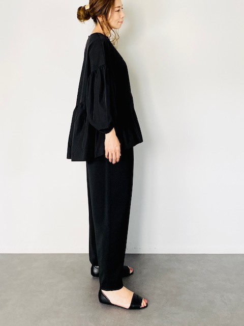 SELECT(セレクト) アシメ切替ボリューム袖ブラウス  BLACK