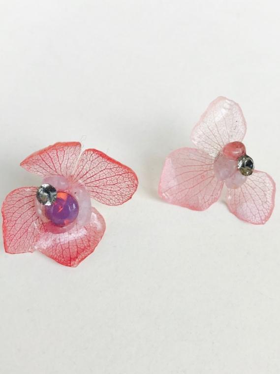 atelier nina(アトリエ ニナ)  紫陽花ピアス