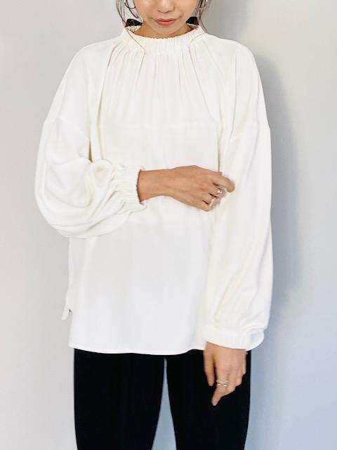 COLOR:ホワイト